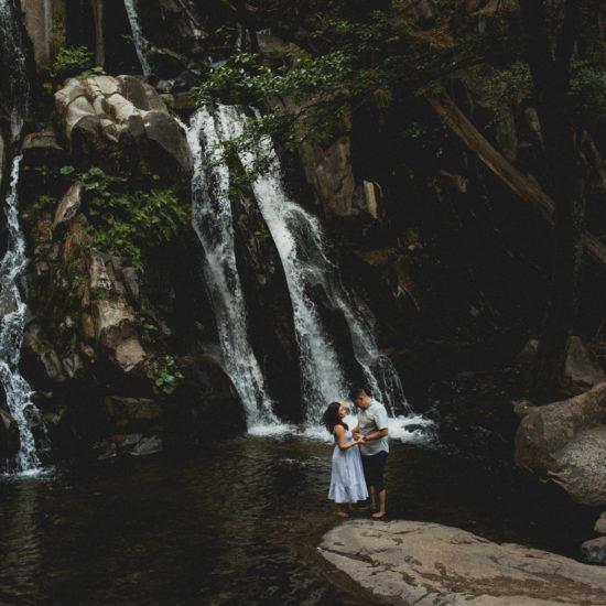 Rocky Glen Park Home: Couples Session In Yosemite, California